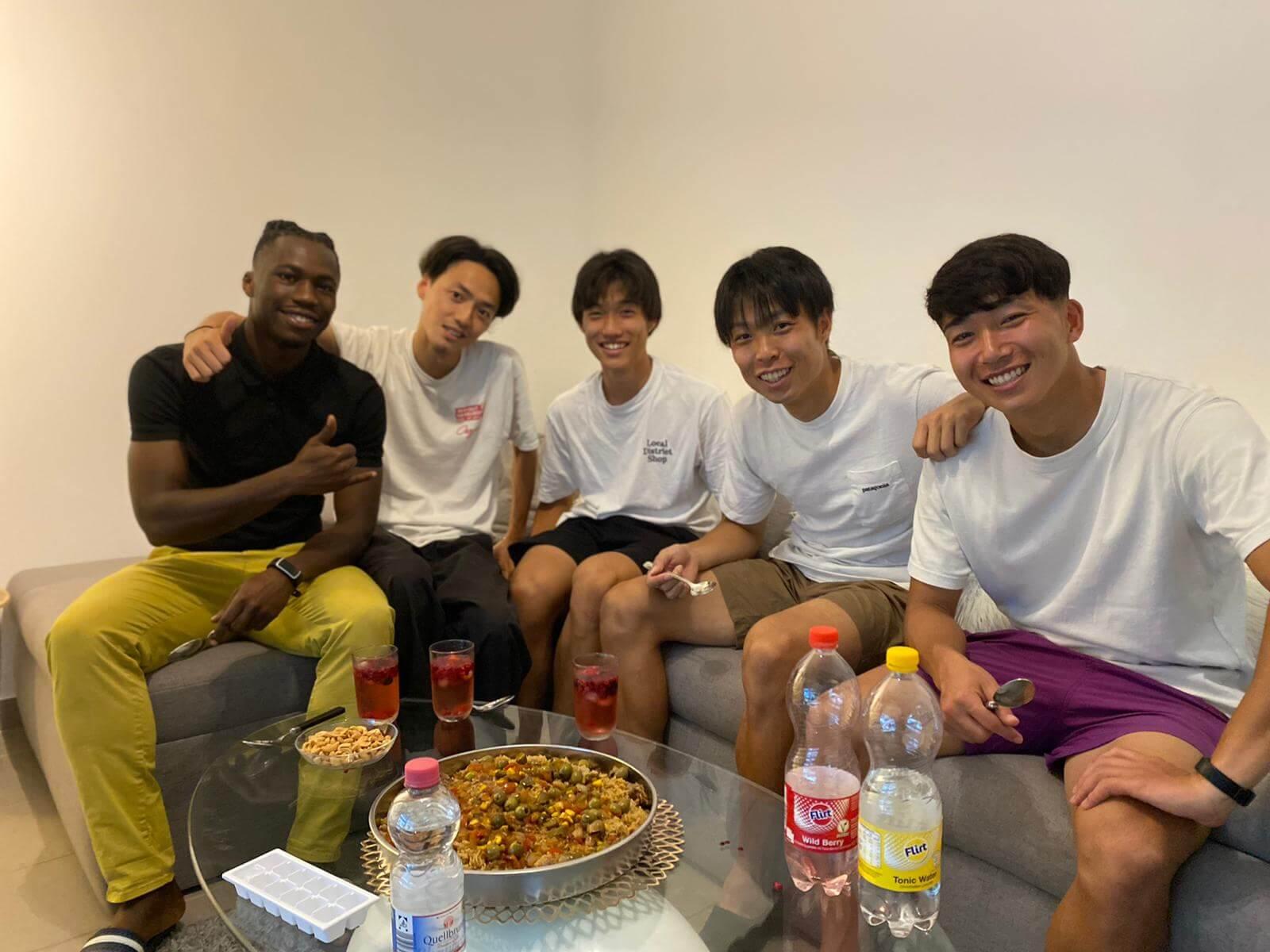 日本で滅多にない経験!セネガル人選手が作るセネガル料理を堪能!